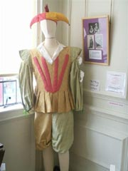 Display costume three