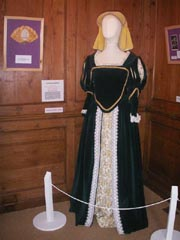 Display costume four